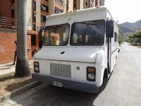 Camion 350 Furgon Foodtruck