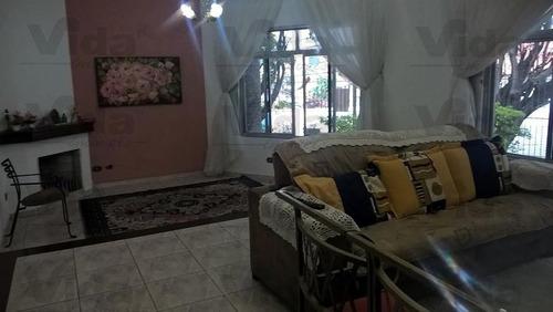 Casa Térrea Para Venda, 3 Dormitório(s), 180.0m² - 31565