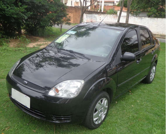 Fiesta Sedan 2007 1.0 Zetec Rocam Ar Cond Direção Raridade