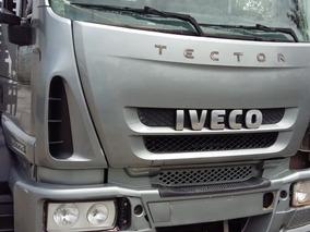Iveco Tector 240 E 25 - 2010 - R$ 89.990,00