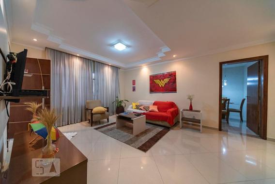 Casa Mobiliada Com 3 Dormitórios E 2 Garagens - Id: 892947039 - 247039