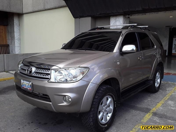 Toyota Fortuner 4x4 - Automática