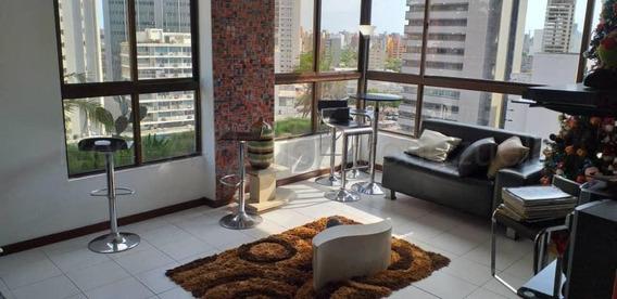 Apartamento En Venta 5 De Julio. Oa
