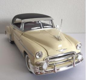 Miniatura Chevrolet Belair 1950 1:24