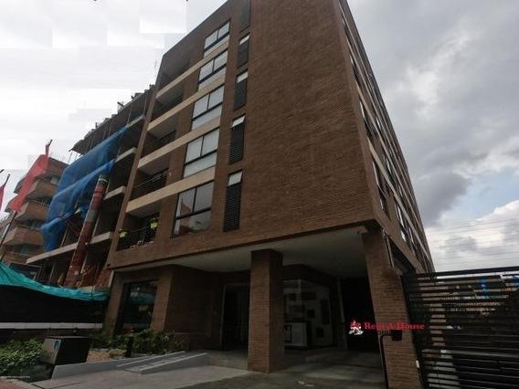 Apartaestudio En Venta San Patricio Bogota 20-374 Lq