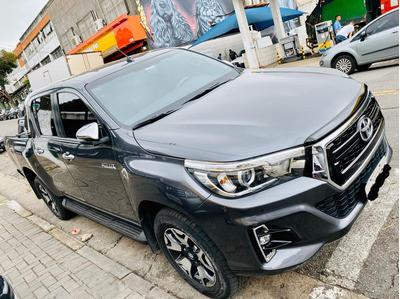 Toyota Hilux 2.8 Srx 4x4 Cd 16v Diesel 4p Automático 18/19