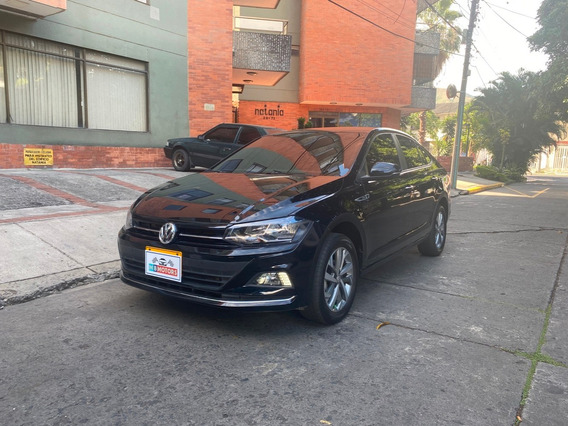 Volkswagen Virtus Highline 1.6 At 2020