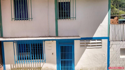 Casas En Venta, Urb. Carabobo, Mérida