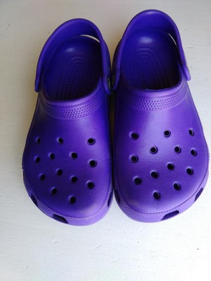 Crocs T34