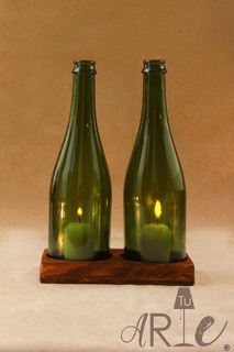 Bases De Madera Con 2 Botellas Color Verde