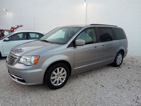 Chrysler Town & Country 3.6 Touring Piel Mt