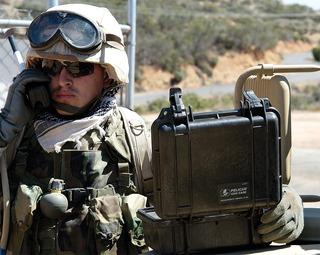 Telefone Celular Satélite Iridium Case Militar Sobrevivência