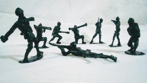 Soldados Grandes ( 7cm) Por 32 Unidades