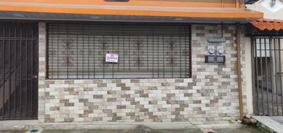 Se Alquila Local Comercial En Alajuelita.