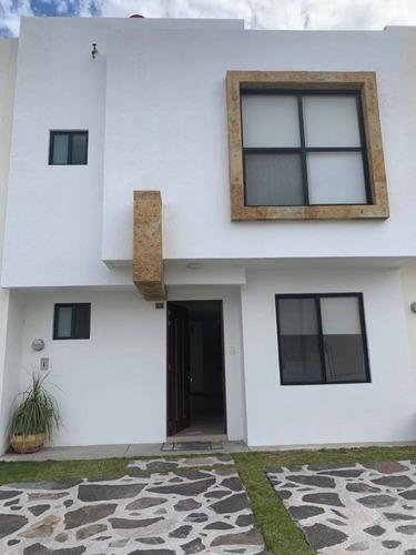 Casa En Renta Avenida Paseo De Las Pitahayas, Zibatá