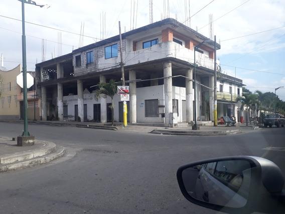 Vendo Edificio En Construcción En El Casco Hurbano Quininde