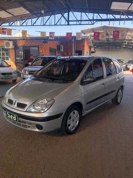 Renault Scenic Authentique 1.6 16v(hi-flex) 4p