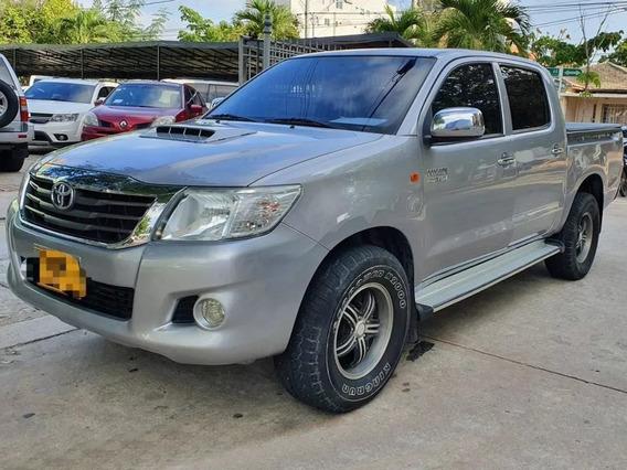 2015 Toyota Hilux Motor 2.7 4x2 Gris 4 Puertas