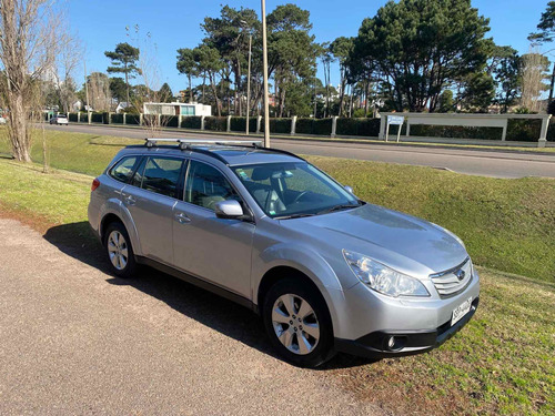 Subaru Outback 2.5 Awd Cvt Xs 173cv 2012