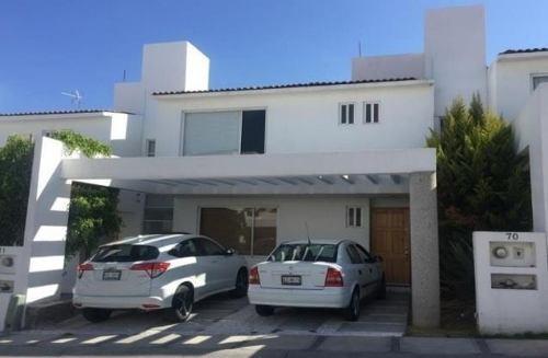 Casa En Venta. Monte Blanco Iii. Cod. Be49