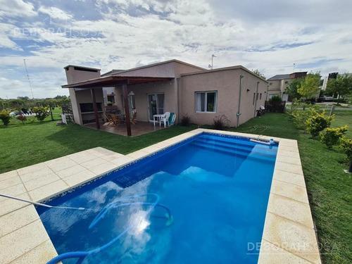 Hermosa Casa En Venta Y Alquiler Temporario Meses De Verano!