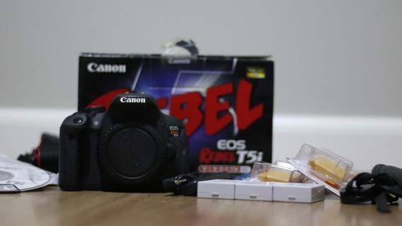 Câmera Canon T5i (corpo) + 3 Baterias + Cartão 32gb + Brinde
