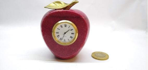 Manzana De Mármol Con Reloj Y Hoja De Bronce De Japan Movt
