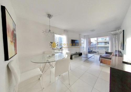 Apartamento En Peninsula Cerca De Rambla Brava Y Mansa.- Ref: 4731