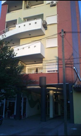 Gran Departamento 3 Dormitorios Con Cochera Sobre Boulevard