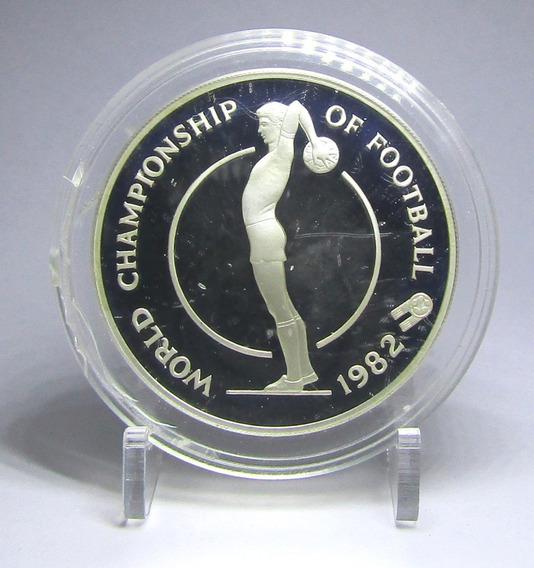 Jamaica Moneda Plata 10 Dolares 1982 Mundial Futbol 82 Proof