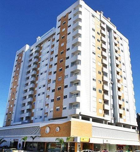 Apartamento De 3 Quartos Sendo Uma Suite Em Frente Ao Shopping Via Catarina - Ap4458
