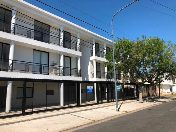 Alquiler Dptos 2 Ambientes - Sarmiento Al 300 - Pilar