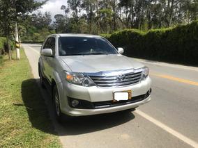 Toyota Fortuner Automatica 4x4 Excecelente Estado 2012
