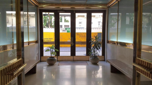 Tribunales - R. S. Peña 1100 - 83 M2. Excelente Edificio Y Vistas