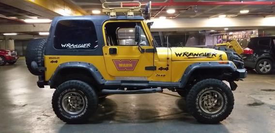 Jeep Wrangler Rustico Techo Duro