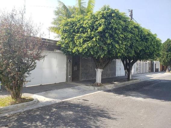 Casa En Renta Fracc. Monraz