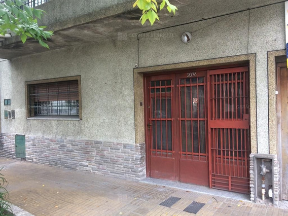 Local En Alquiler Ubicado En Lanús Este, Zona Sur