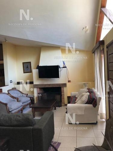 Casa En Marly, 4 Dormitorios *- Ref: 3497