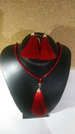 Collar Rojo Con Borla