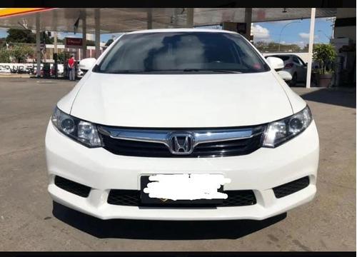 Imagem 1 de 10 de Honda Civic 2014 1.8 Lxs Flex Aut. 4p
