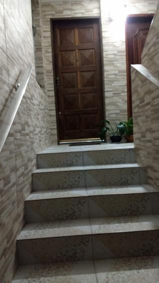 Três Dormitórios Em Local Privilegiado Da Cohab 1 - 824-a