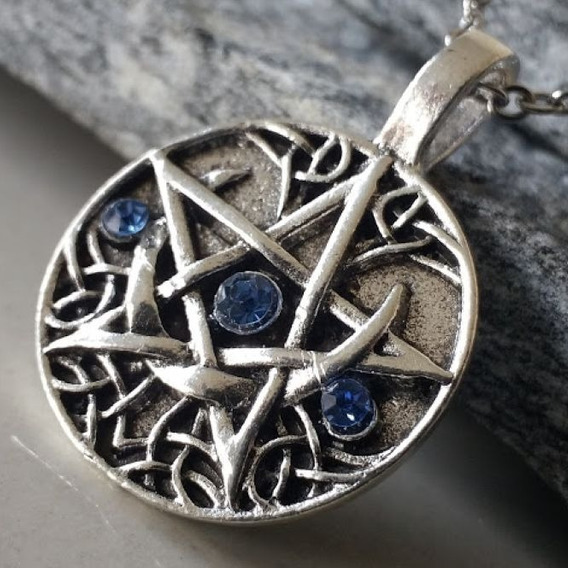 Pentagrama Sobre A Lua Amuleto Bruxa Wicca Pedra Ágata Azul