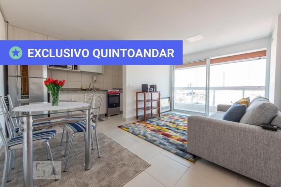 Apartamento No 11º Andar Mobiliado Com 1 Dormitório E 1 Garagem - Id: 892896752 - 196752