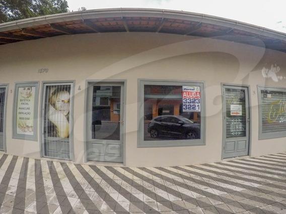 Loja Térrea Com Aprox. 30m², No Bairro Velha, Contendo 01 Banheiro E Estacionamento Frontal. - 3578138