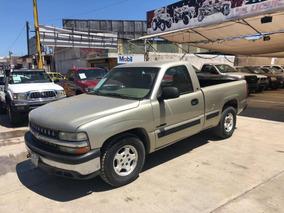 Chevrolet Silverado Pickup Silverado 2500 Custom Aa At 2002