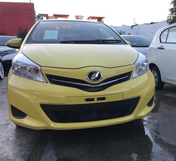 Toyota Yaris Inicial 100,000