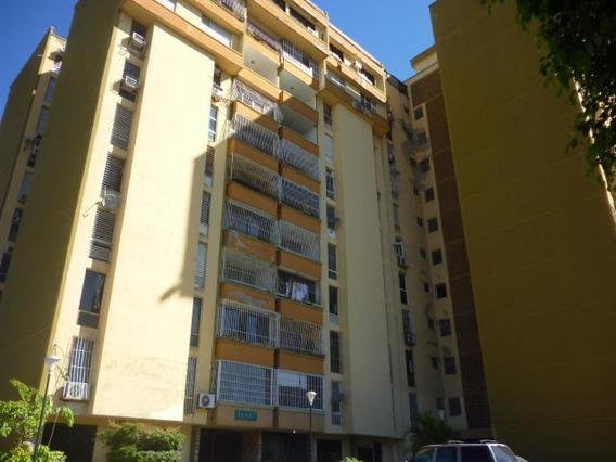 Apartamento En Venta Cabudare Centro 20-4800 As