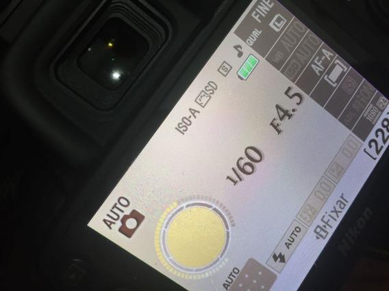 Câmera Nikon D310