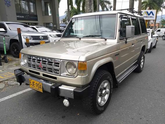 Mitsubishi Montero Wagon 3.0