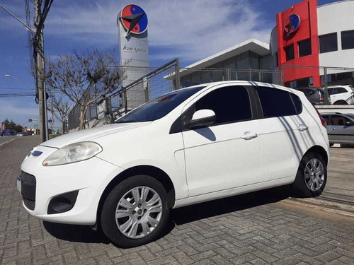 Imagem 1 de 4 de Fiat Palio Essence 1.6 4p 2014